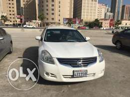 Nissan Altima model 2012 urgent sale