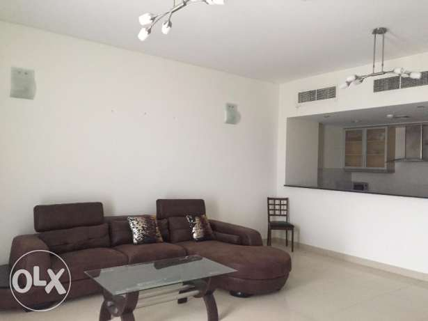 Spacious Two Bedrooms Fully Furnished Apartment in Amwaj
