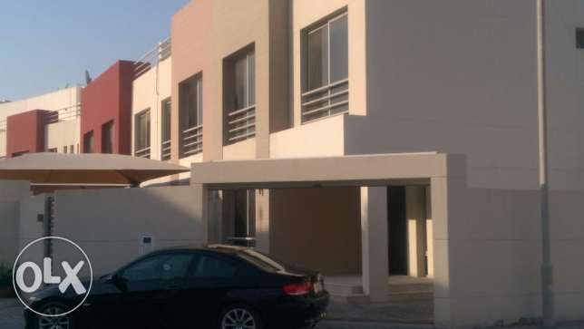 *** Semi-Furnished Villa For Rent In Bu Quwah ***