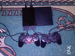 Play station 2 for Bd 17 with 3 games