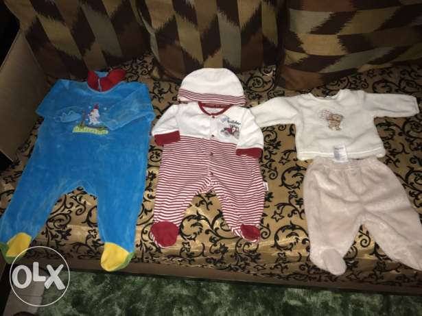 1 bd Baby clothes