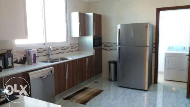 Brand new 2 bedroom apartment for rent in seef السيف -  4