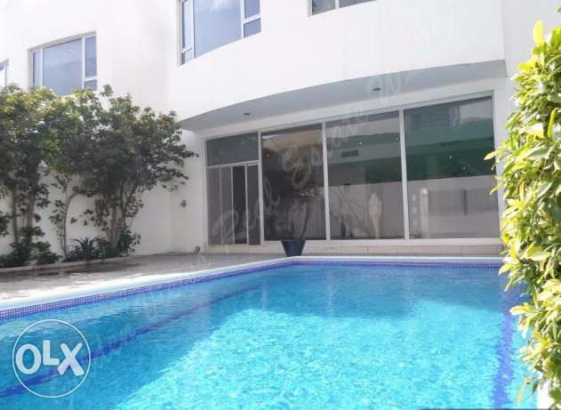 Modern 3 Bedroom semi furnished villa for rent with private pool,garag