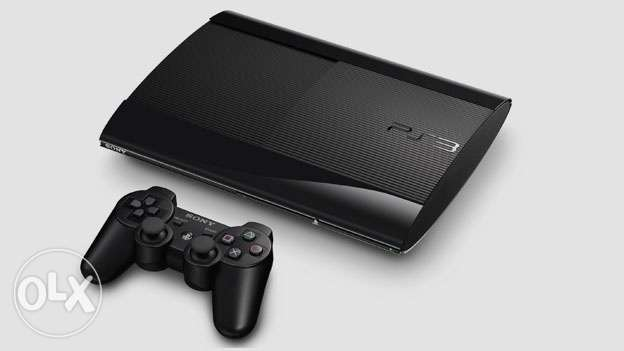 For Sale PS3 Super Slim 500 GB + 5 Games