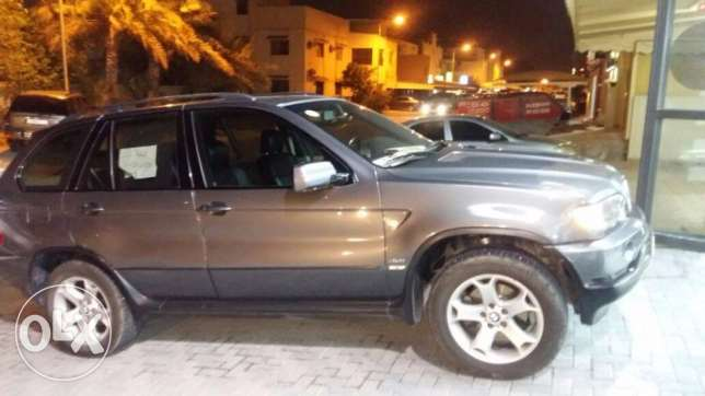 For Sale bmw model 2005 good condition for 1700 BD