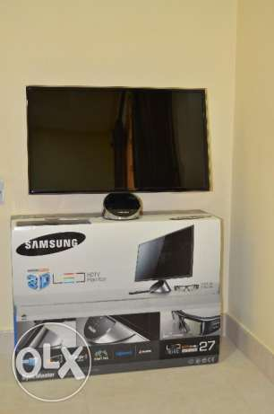 "27"" Samsung HDTV 3D Smart Monitor with Multiple input"
