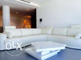 Luxury Three bedrooms apartment in Amwaj-Island. Full Sea view .