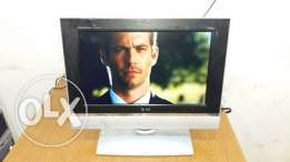 """LG 17"""" LCD TV wide"""
