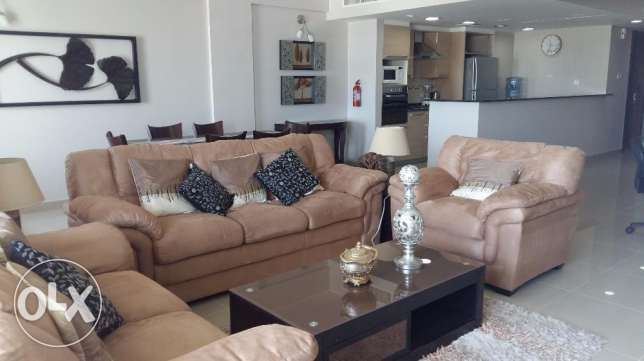 Beautiful 2 bedrooms with decent furniture