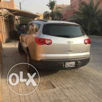 Chevrolet Traverse ls 2009 silver color in very good condition