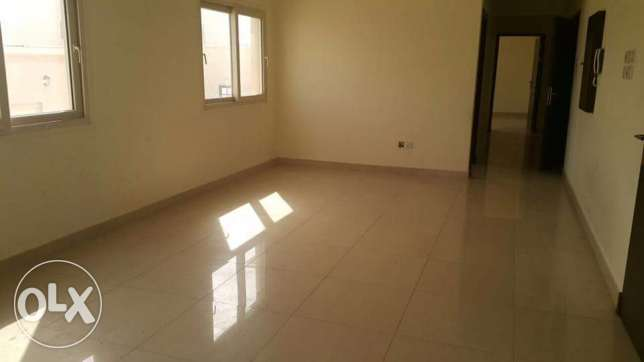 New Arad: 2 bedroom store 3 bath hall kitchen flat for rent