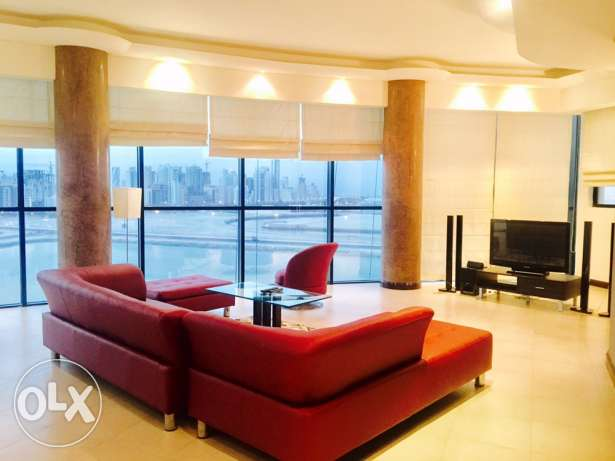 Open Sea view,Three bedrooms apartment for rent in Juffair.