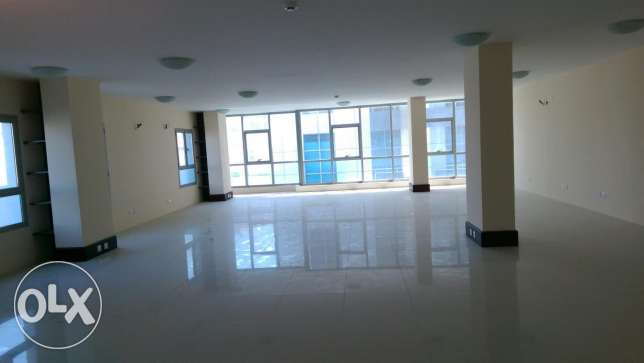 Office for rent in seef area open space