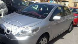 2013 model Toyota yaris for sale