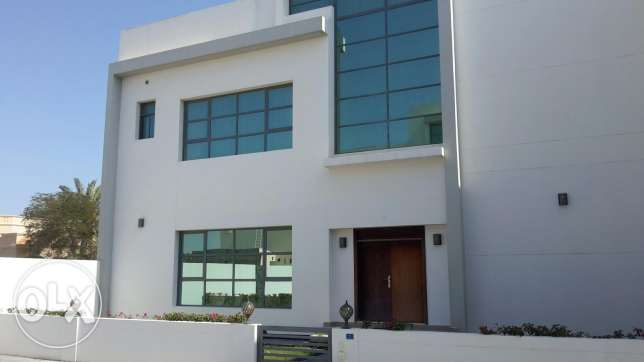 Brand new 4 BR villa with private pool in Saar