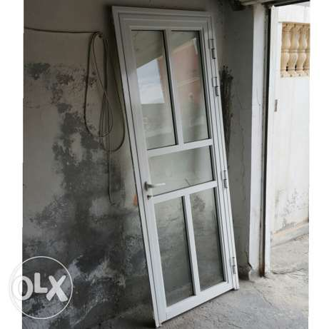 For sale almuniom door like new