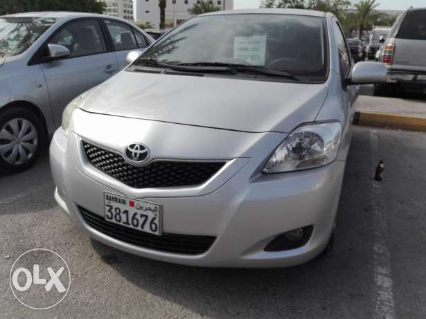 YARIS 2011 I WANT TO SALE my car urgent