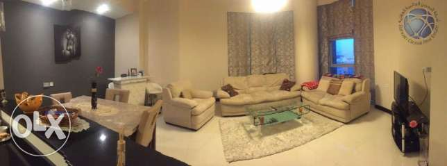 Luxurious one bedroom apartment available for urgent sale جفير -  1