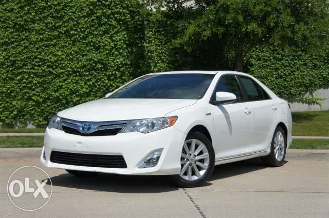 2013 Toyota Camry LE / NAVIGATION