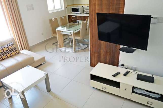 2 Bedroom Apartment with Palm Grove View