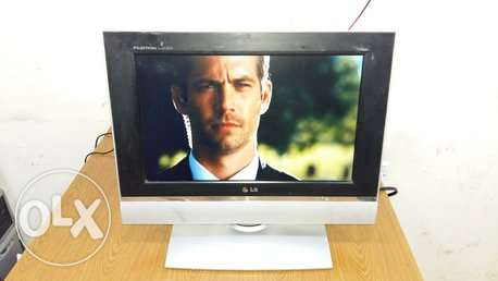 "LG 17"" LCD TV wide"