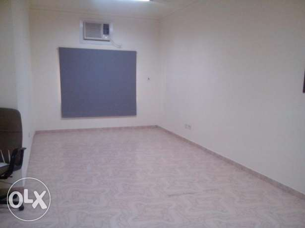 office for rent 350 BD - in heart of Exhibition road Perfect location. الحورة -  1