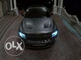 Excellent Condition Grand Cherokee SRT8 ( Dealer maintained /Warranty)
