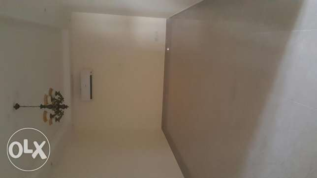 2bhk semi furnished spacious flat in zinj bd 320 exclusive