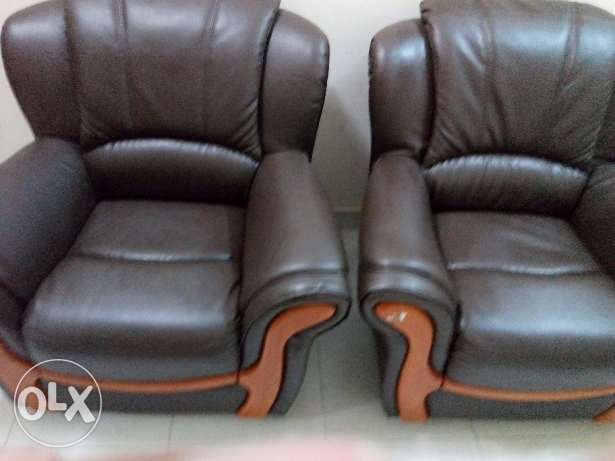 D 150 / Brand New 5 Seater leather Sofa المحرق‎ -  1