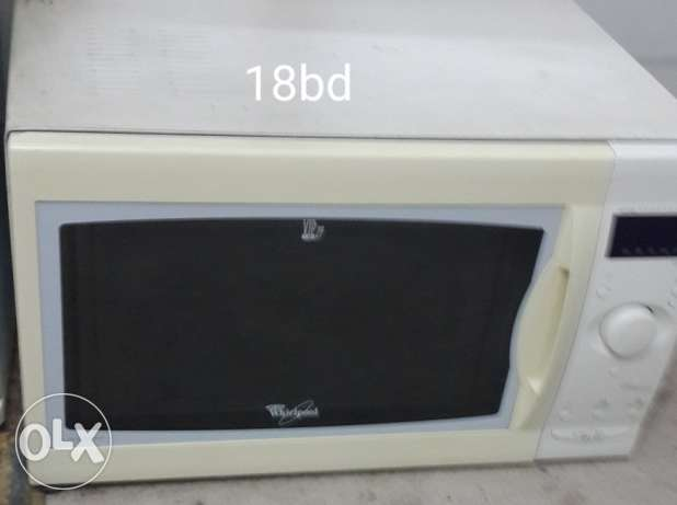 Large Size microwave for sale. . free delivery