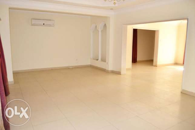 4 Bedroom with Private pool & Garden in Adliya العدلية -  2