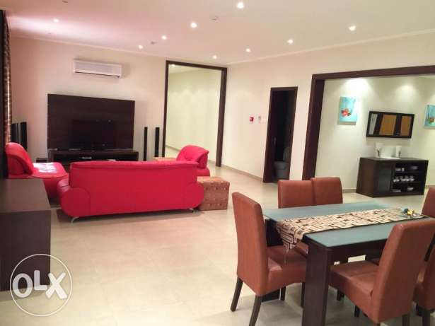 Fabulous 2 bedroom flat for rent in Busaiteen البسيتين -  3