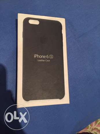 iPhone 6/6s black leather case NEW.