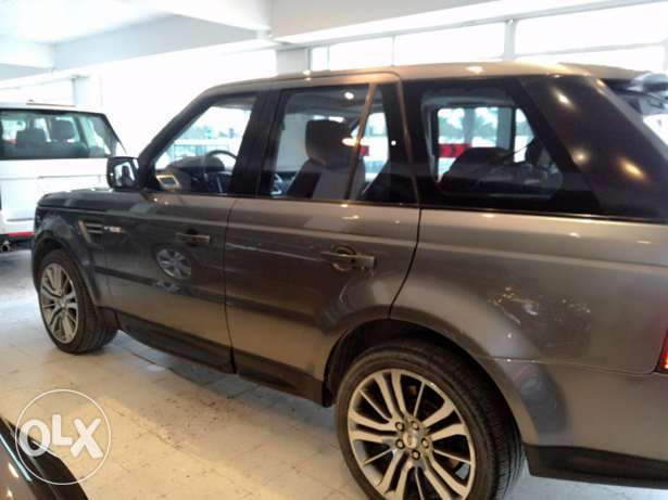 Quick Sale> Range Rover 2011