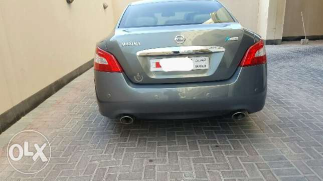 Nissan maxima 2011, full option, excellent condition, no work required