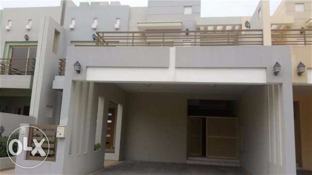 Beautiful Semi Furnished Villa In Riffa Bd 850 (Children Play Area Re