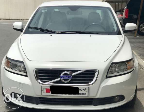 Super clean Volvo s40 2.0 for sale (reduced)