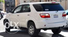 Toyota Fortuner 2009,good condition,non accident,provides bank loan..