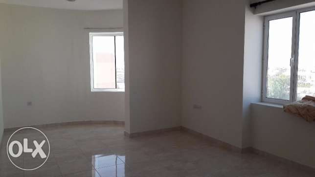 Janabiyah:- 2Bhk Semi Furnished Flat,Backside of Mercado Mall