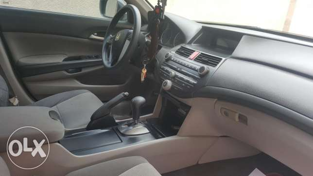 Accord excellent condition. No repairs needed. Eeverything is working.