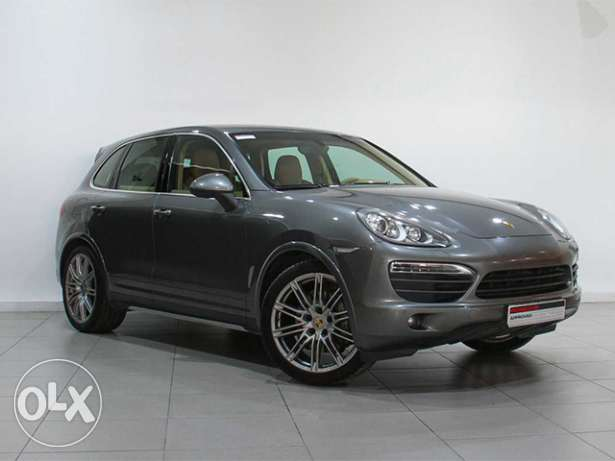 Porsche Approved Cayenne S GREY 2013