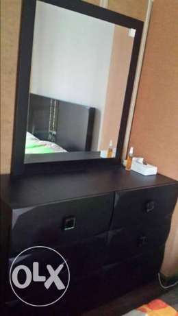 Dresser Table with Mirror dark brown