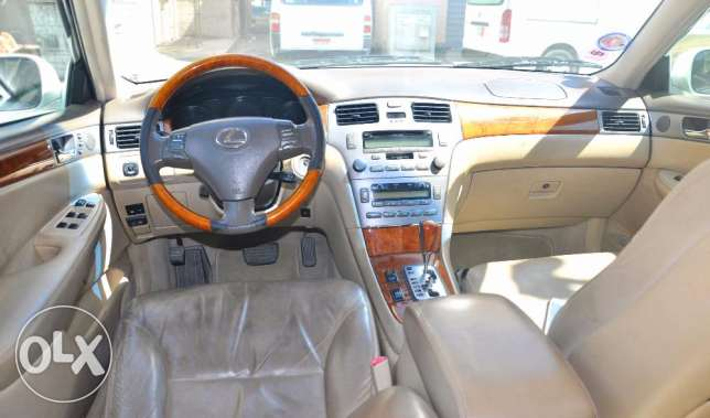 LEXUS ES 300, 2005 model For sale ام الحصم -  7