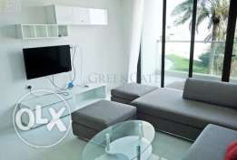 Near new luxury 2 (+1) BR apartment with a large balcony and sea views