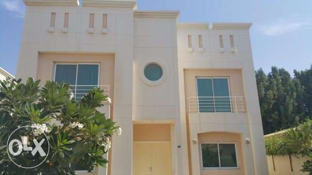 SUPER DELUXE Semi Furnished 4 Bedrooms Villa in HAMALA for Rent