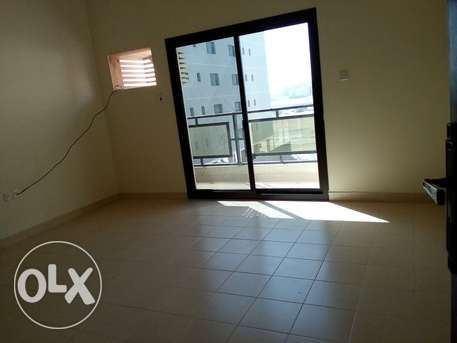 2 BR Unfurnished Apartment in Hidd Best offer