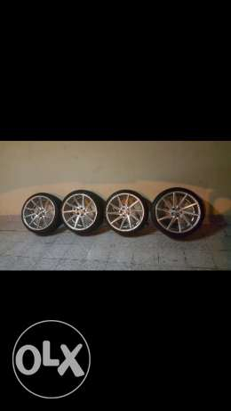 "20"" alloy wheels for sale with 255/35 tires almost new"