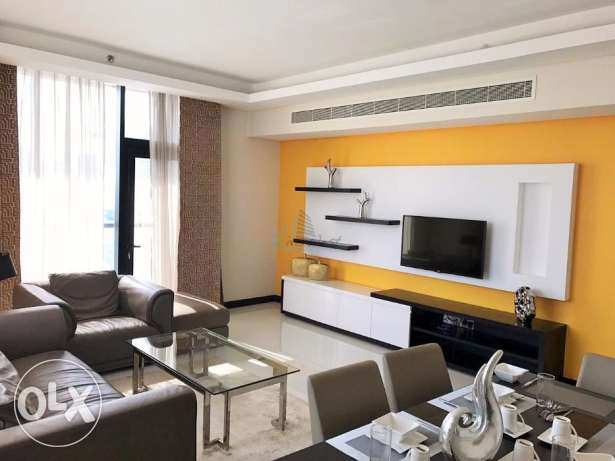 Stunning sea/city view serviced apartment