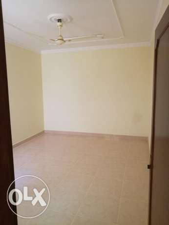 2 bedroom flat brand new in Busaytin 220BD