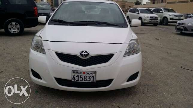 Toyota Yaris model 2012 urgent sale